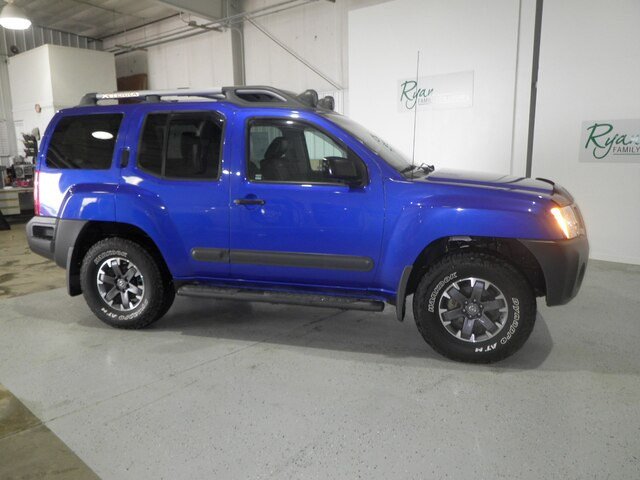 Pre-Owned 2015 Nissan Xterra PRO-4X